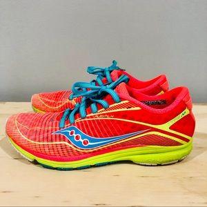 Saucony type A6 size 6 women running sneaker